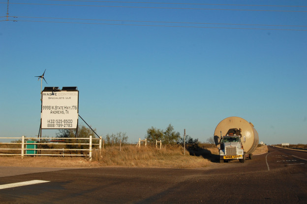 ruck waiting for entry at Waste Control Specialists, Andrews, Texas. © Eve Andrée Laramée