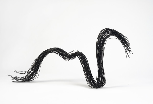 "Julia Buntaine: Delta Wave(s). 2014. 2'x5""x1'. Rebar wire. Photo courtesy of Peters Projects Gallery."