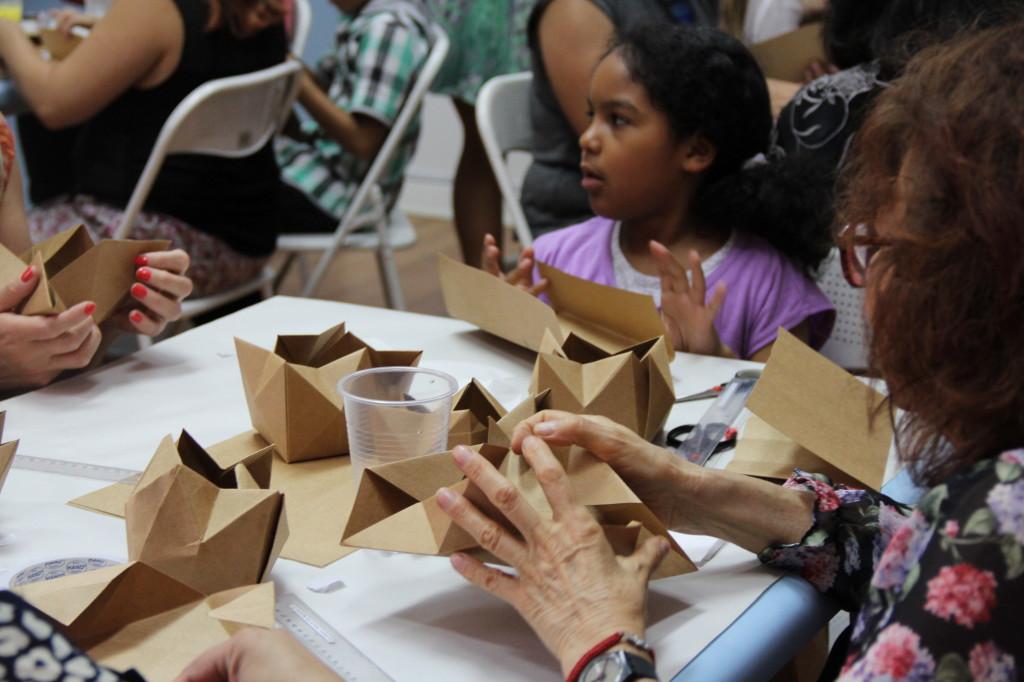 Origami workshop Museo de Artes Decorativas, Santiago, Chile.